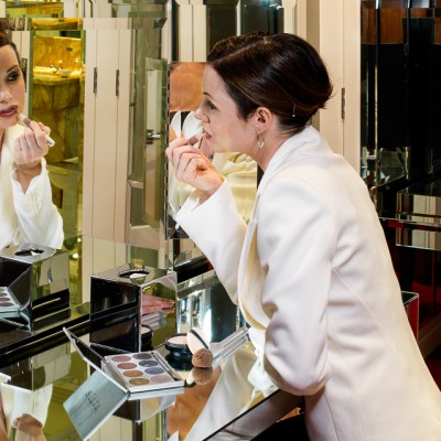 Claridges Model make up