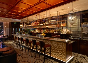Chutney_Mary_Bar_evening_seating